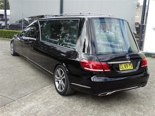 Mercedes Pre Owned >> New Hearses - E 400 Mercedes Benz 4 Door Hearse